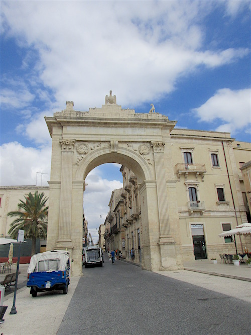 Porta Ferdinandea, Noto, Sicily