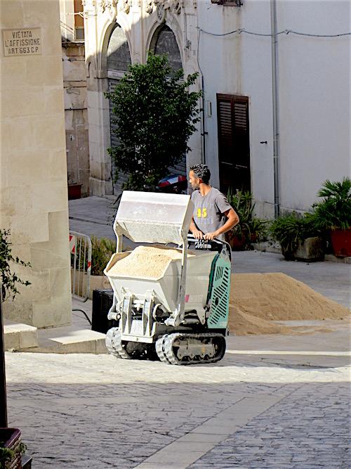 Sicily Tractor, Scicli, July 2016