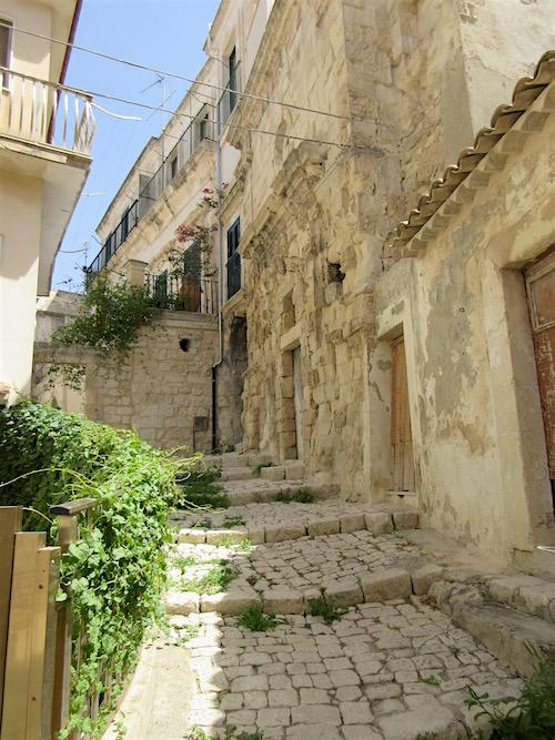 Sicily.....Scicli Curve