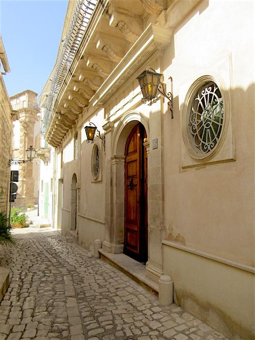 Sicily.....Elegant Scicli Entry