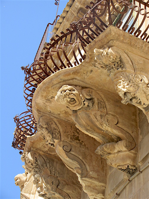 Sicily.....Crazy Scicli Carvings